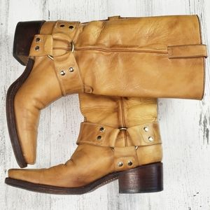R. Soles Judy Rothchild Cowboy/Cowgirl Boots.  7
